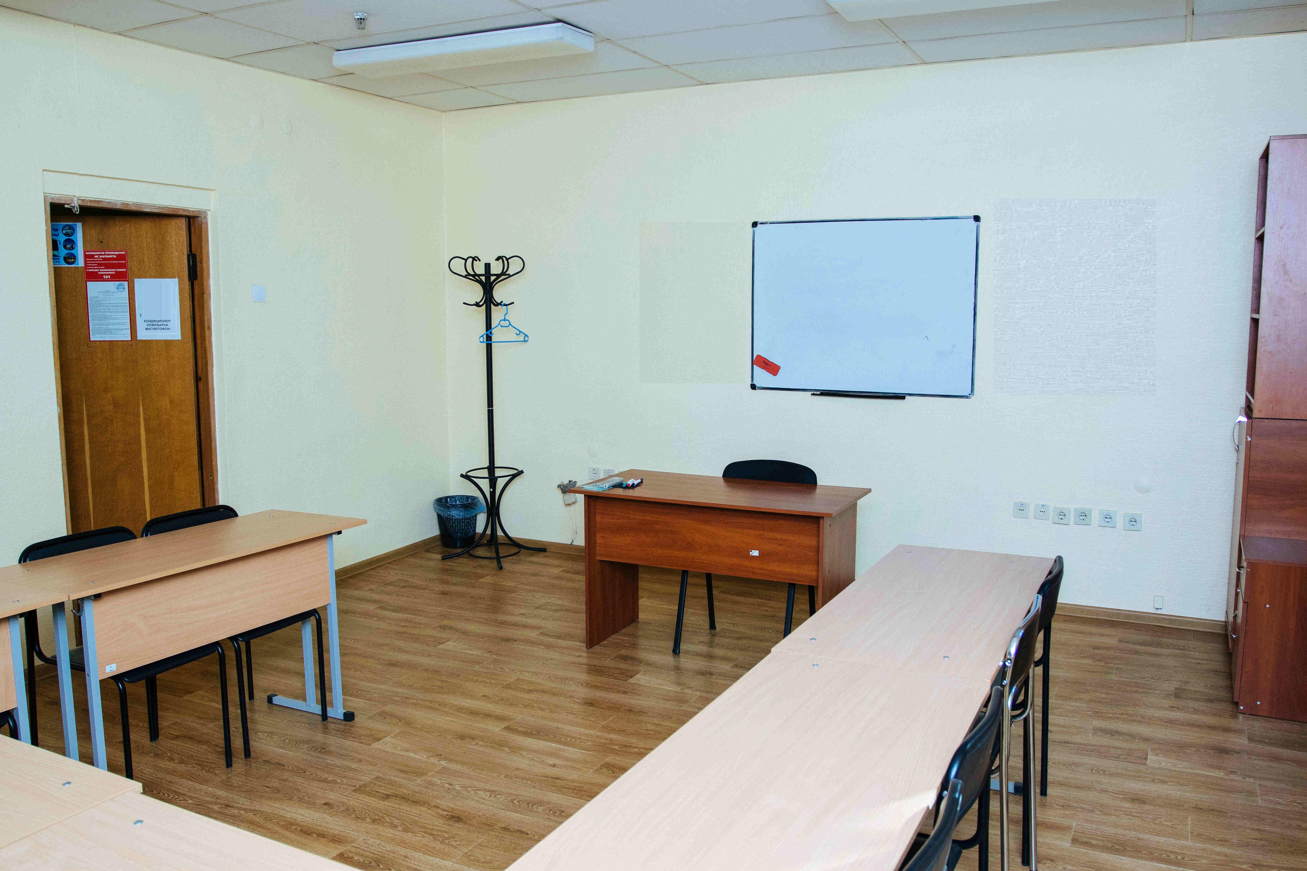 Офісні приміщення в центральній частині м. Києва площею 320,3 кв. м